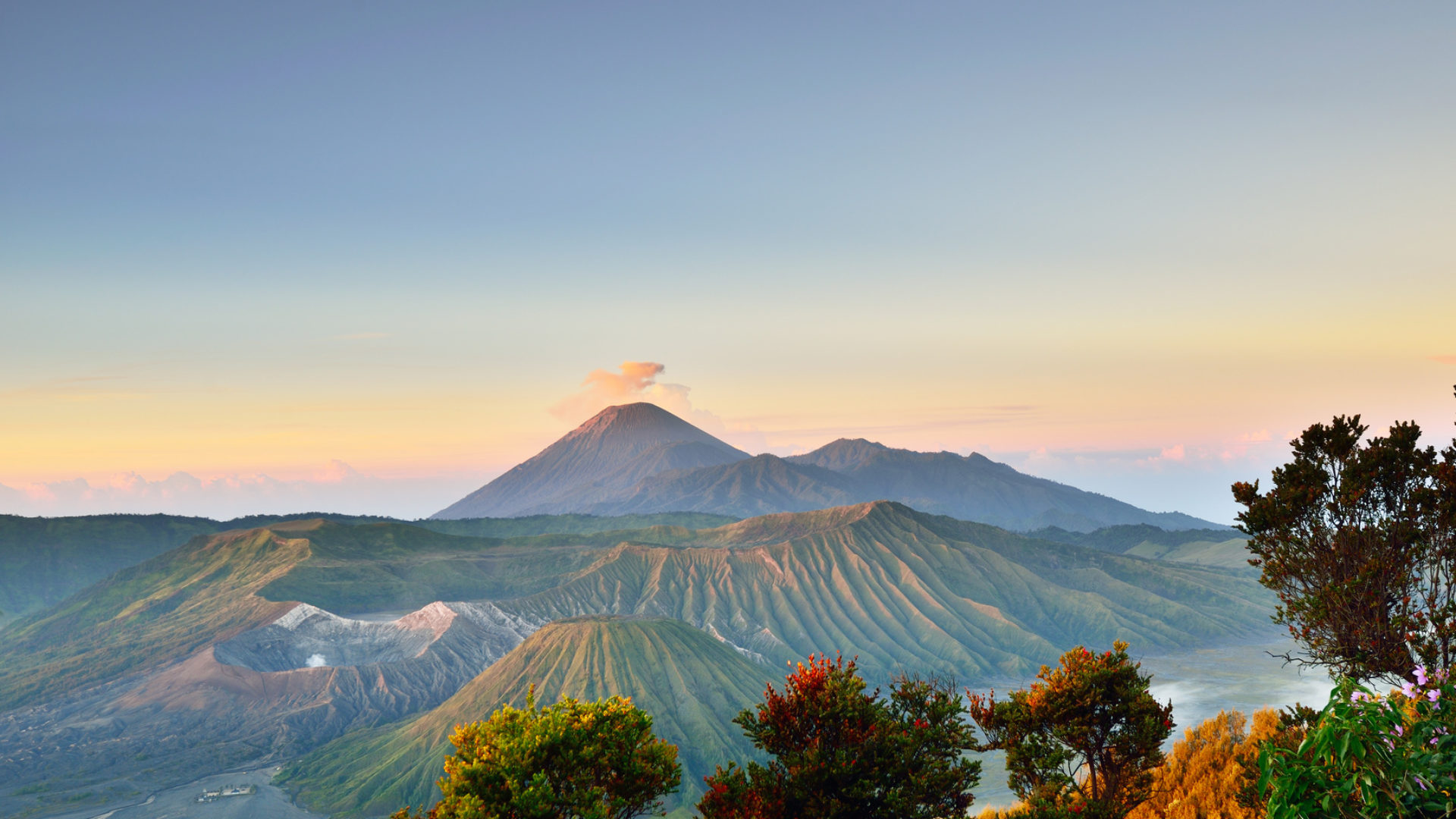 cropped-Bromo-Volcanic-Mountain.jpg