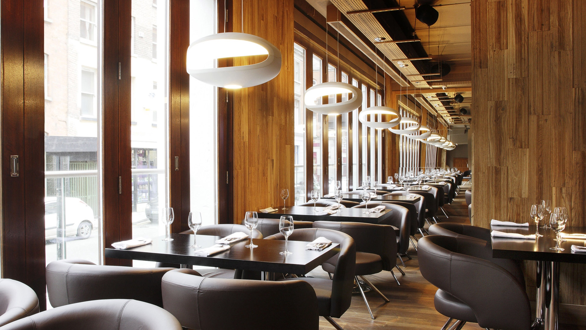tables_chairs_instruments_style_restaurant_39251_1920x1080
